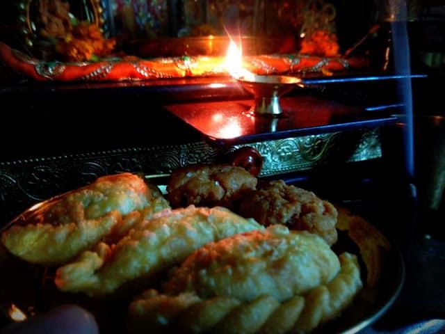 Strolling down the memory lane on Teej Festival - तीज पर पुरानी कुछ यादें और साथ साथ कुछ तस्वीरें